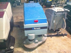 Mark's Vacuum, Tornado 26 in Auto Scrubber New Batteries $2,999.00