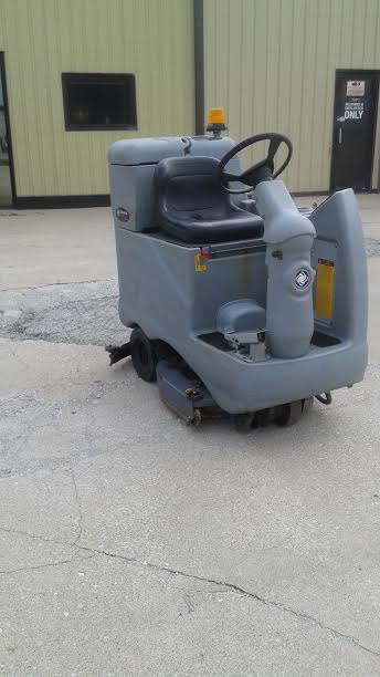 Mark's Vacuum Sells and Maintains Minuteman Rider Scrubbers in Indianapolis, Indiana
